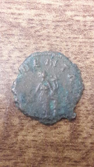 Antoniniano de Claudio II. PROVIDENT AVG. Providentia estante a izq. 15819214