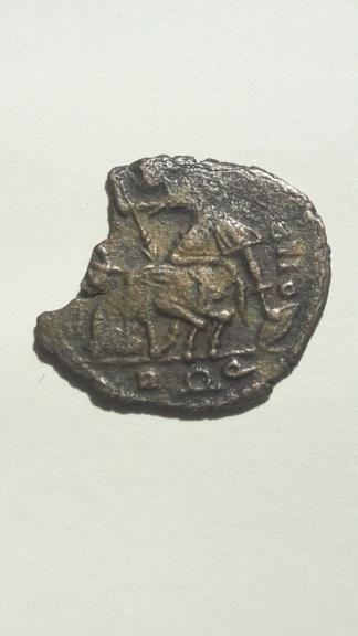AE3 de Constancio II. FEL TEMP REPARATIO. Soldado alanceando jinete. Roma 15824113