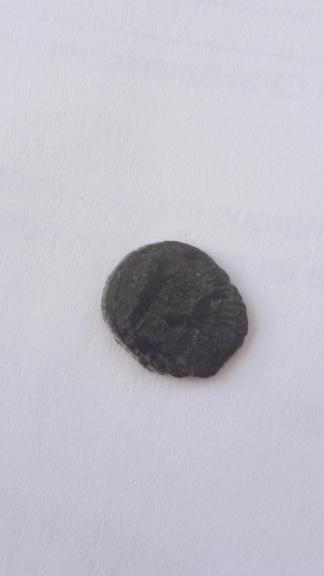 AE4 póstumo de Constantino I. Cuádriga. 15882429