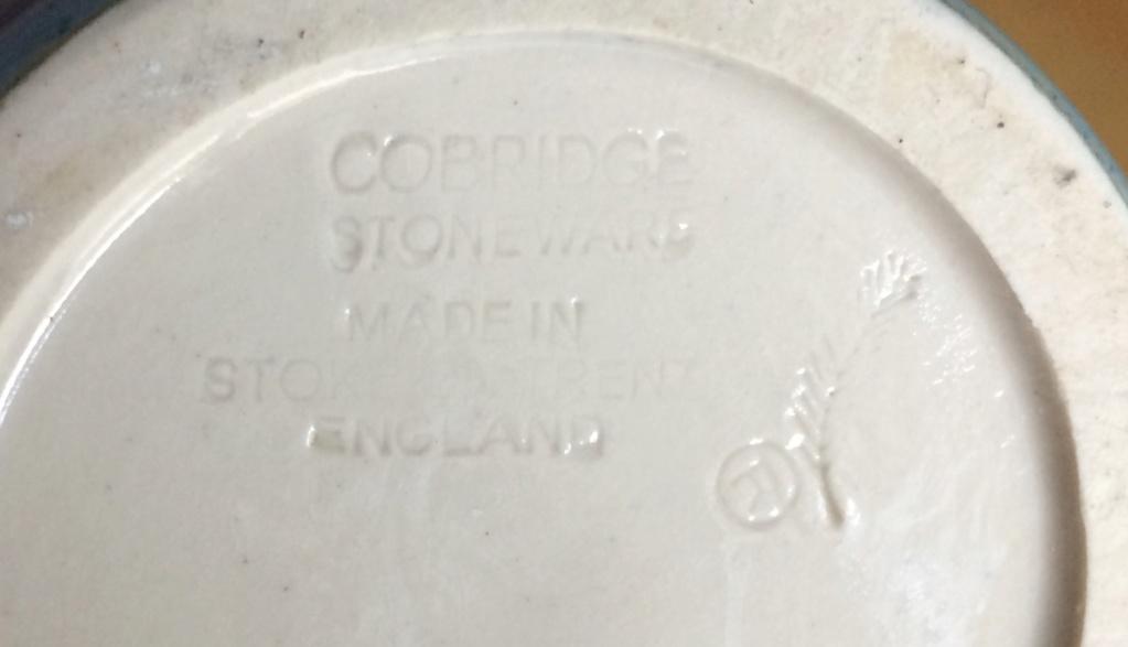 Cobridge Stoneware - identify designer? 39aeab10