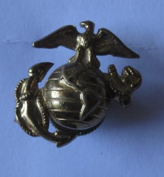 Insigne de bonnet de police USMC ww2 ? 95a78010