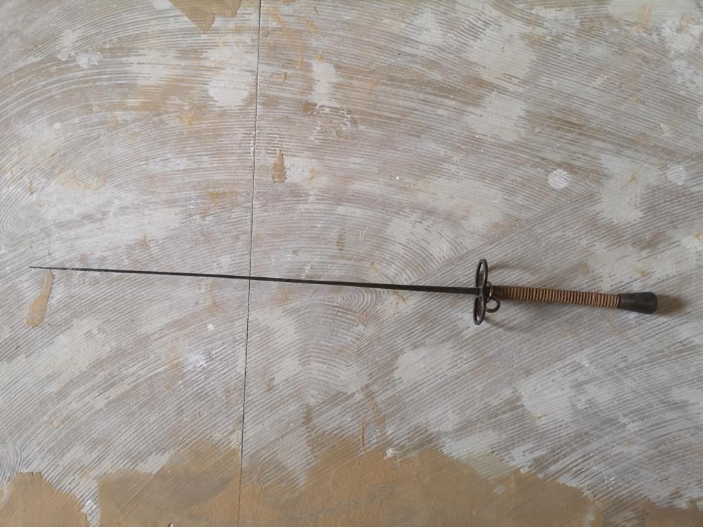 Épée trouvée  Img_2021