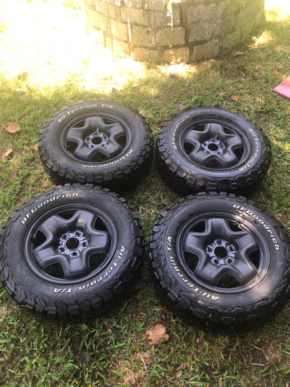 vendo jogo de roda jeep renegade +  4 Pneus 215/70r16 Bf Goodrich All Terrain T/a Ko2 4_pneu10