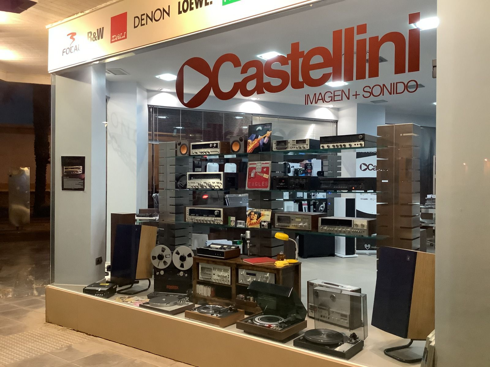 MINI EXPOSICION VINTAGE (CARTAGENA) Castel13