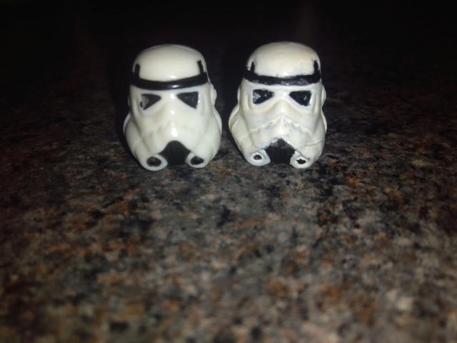 Luke stormtrooper helmet Img_2013