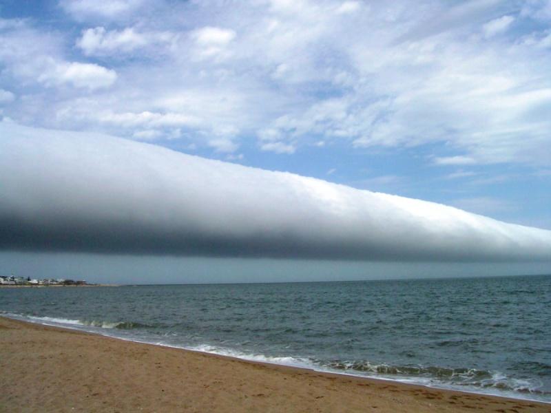 Le nuage de gloire du matin  Rollcl10