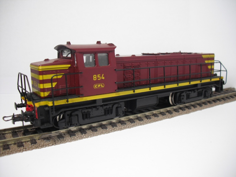 CFL Série 850 85410