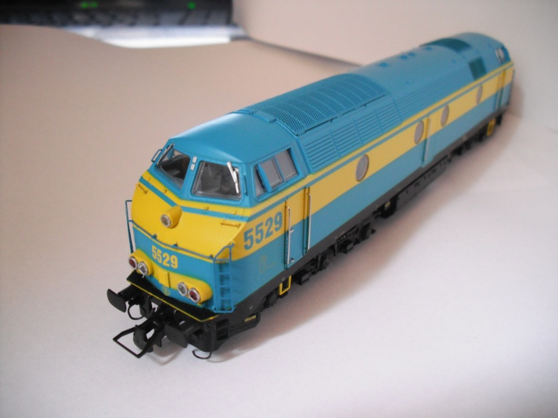 Les 1800 CFL de B-Models - News - Page 2 Dscf8062