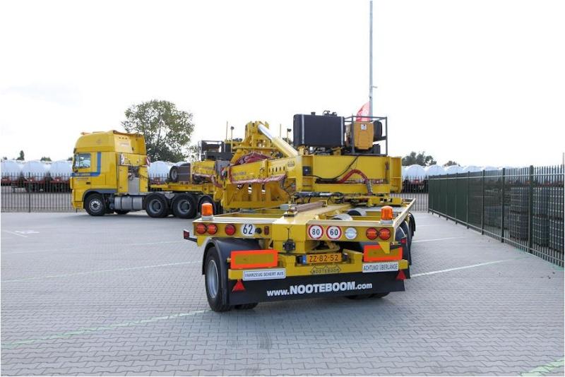 En préparation d'éxposition axée sur les camions et engins de TP à St Rambert d' Albon 38000. Photo_12