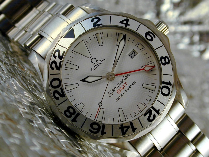 CHoix achat montre GMT Omegas12