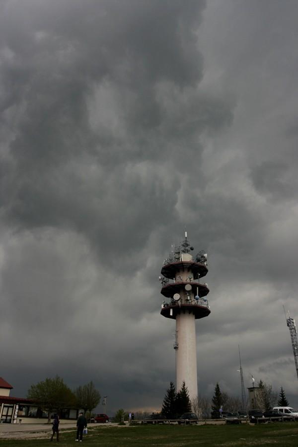 orage sur le léman Arcus310