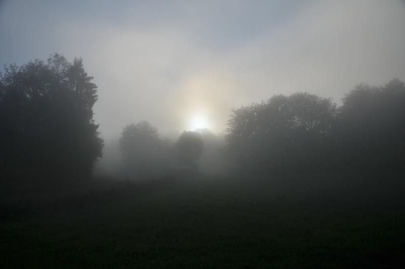 mer de nuage sur coucher de soleil Couleu13