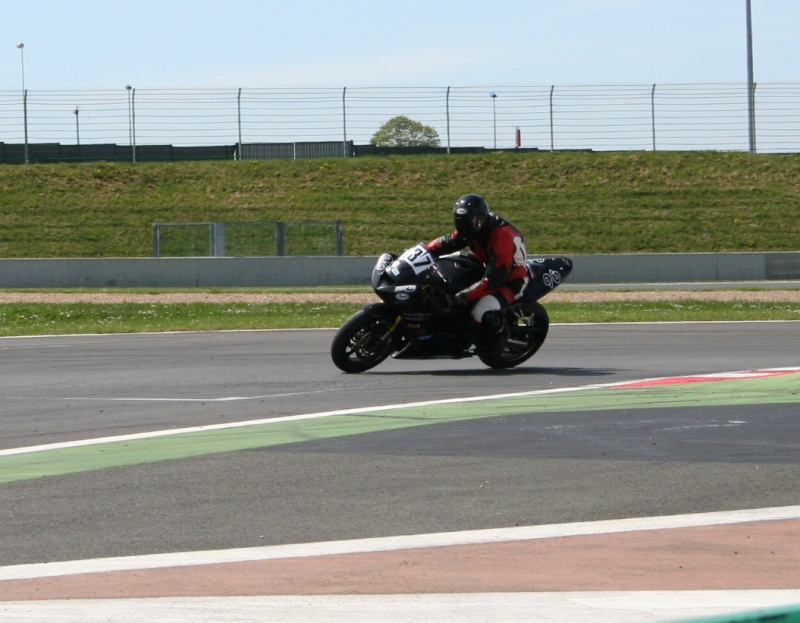 Magny cours 26/27 avril Img_3416