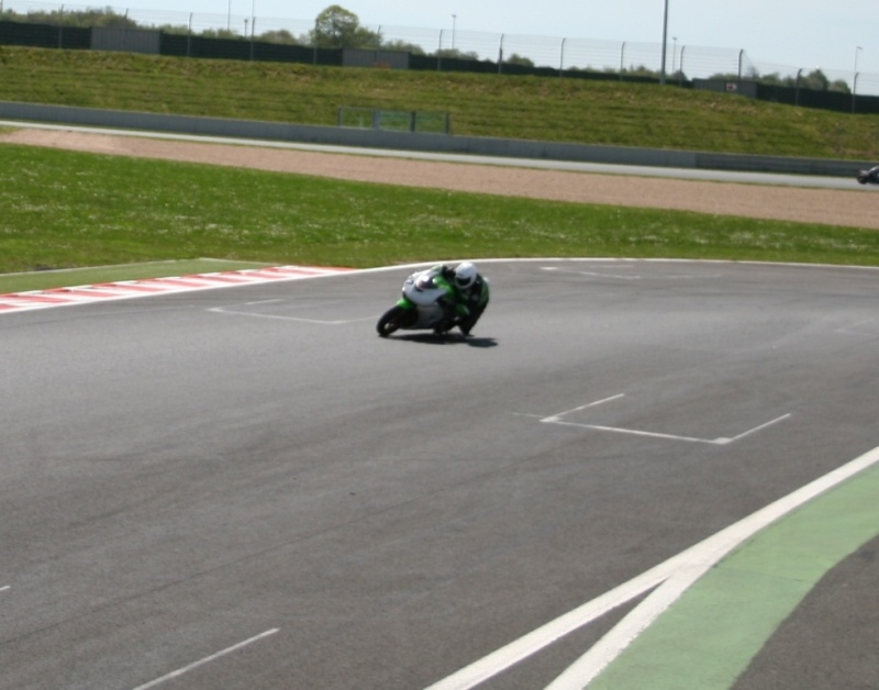 Magny cours 26/27 avril Img_3418