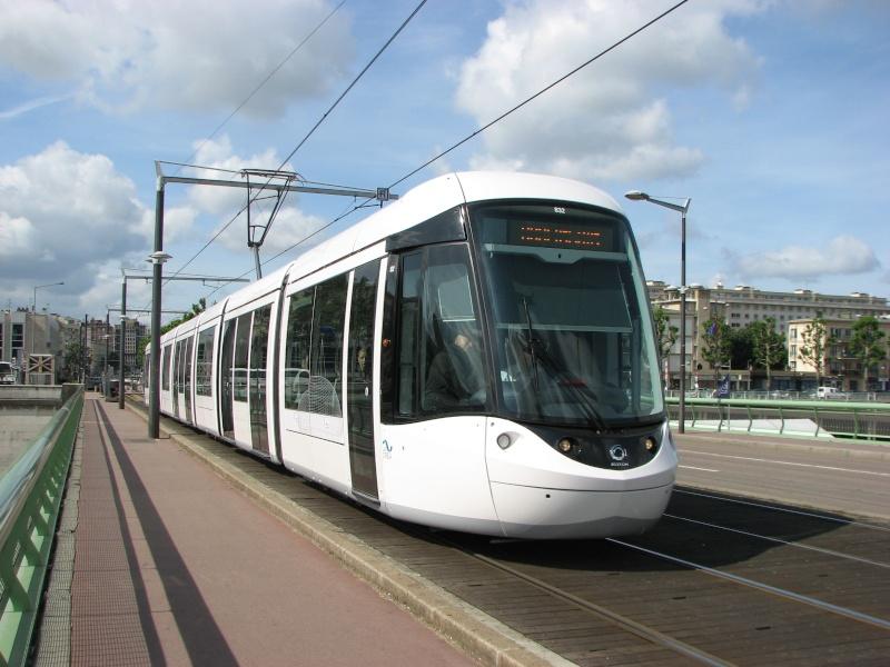 De nouvelles rames de Tram pour 2011-2012 - Page 11 Rouen_11