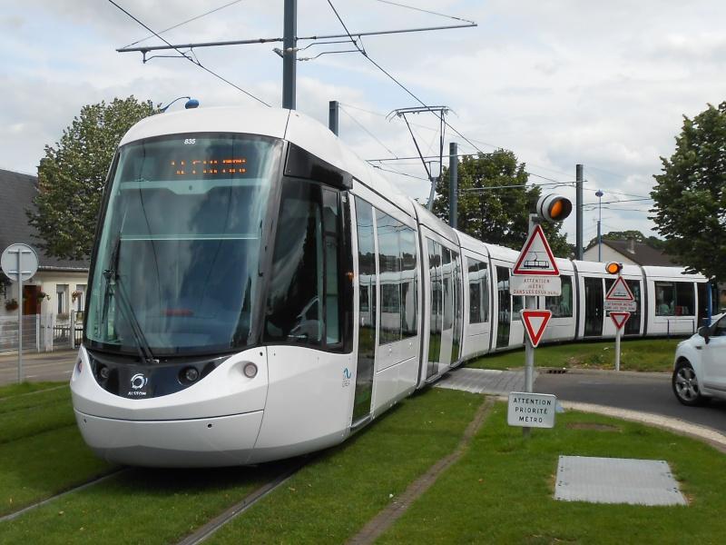 De nouvelles rames de Tram pour 2011-2012 - Page 11 Rouen_12