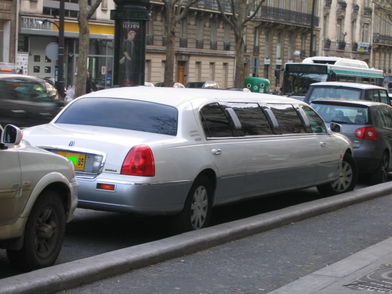 Monstrueuse limousine.... We_00911
