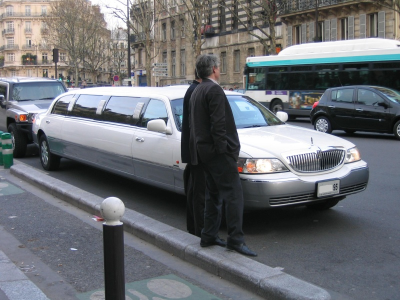 Monstrueuse limousine.... We_01011