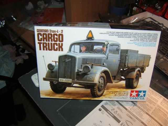 peinture - Cargo truck 4x2 - Page 3 Dscf4815