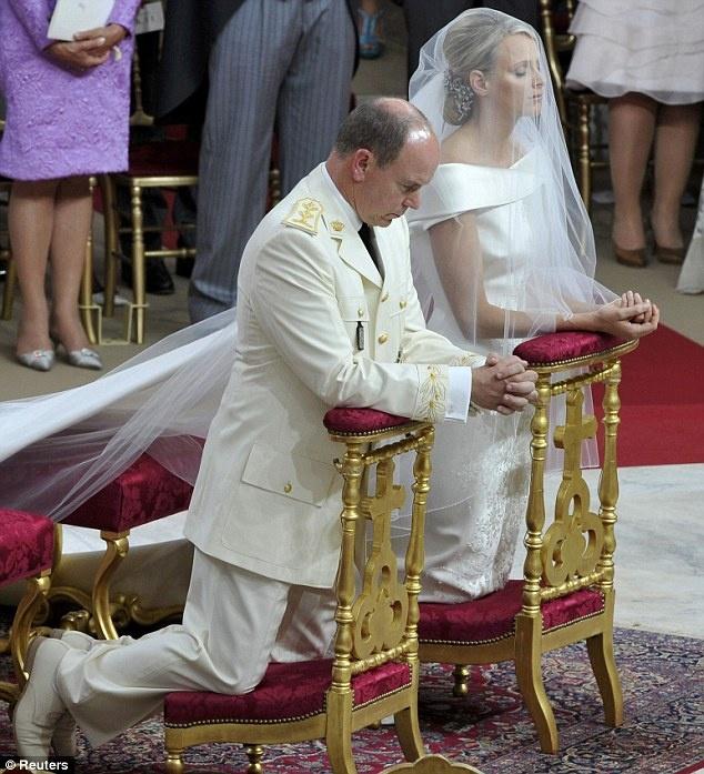MARIAGE à MONACO  PRINCE ALBERT - CHARLENE 2_bmp10