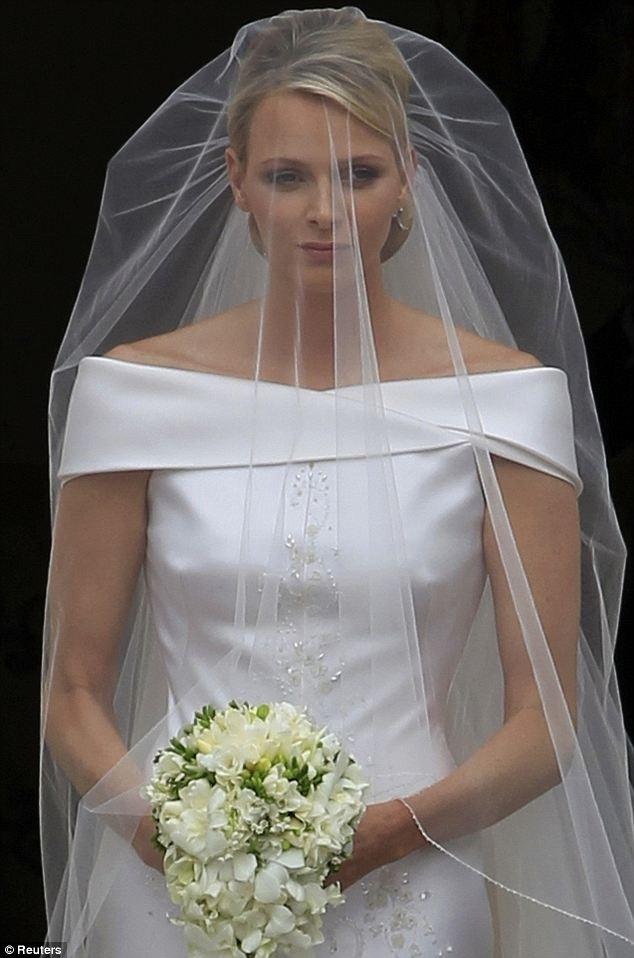 MARIAGE à MONACO  PRINCE ALBERT - CHARLENE Oooooo10
