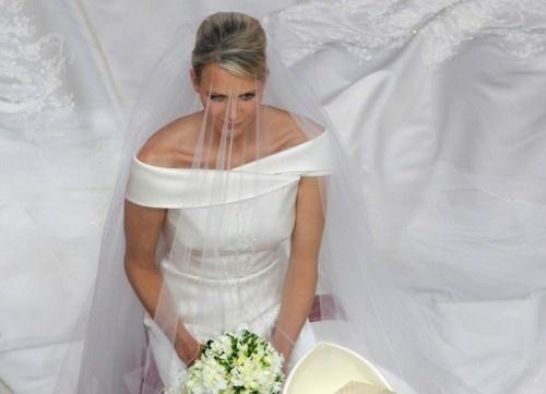 MARIAGE à MONACO  PRINCE ALBERT - CHARLENE Uopp_b10