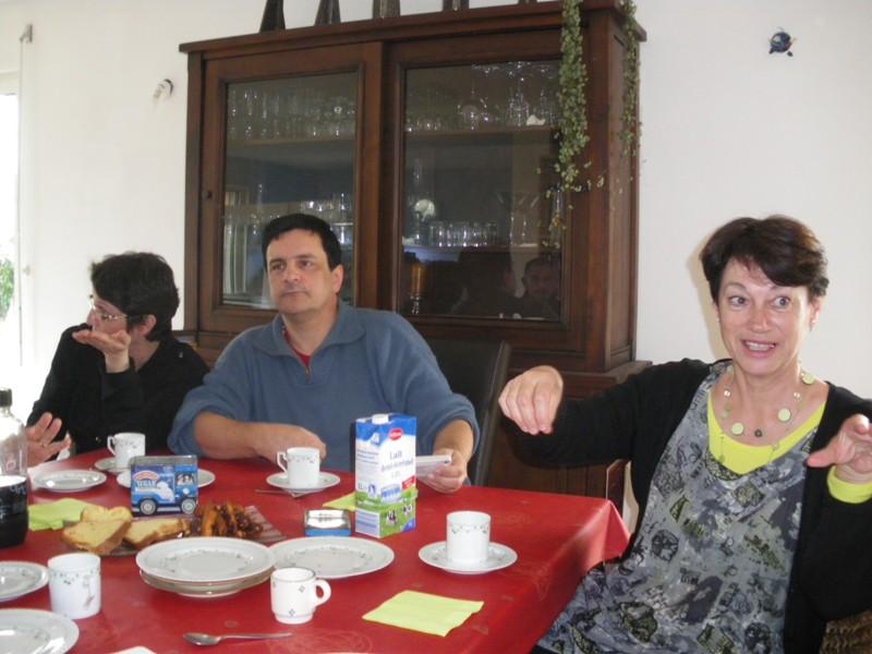 Photo réunion inprovisée chez Pierre. Imgp9329