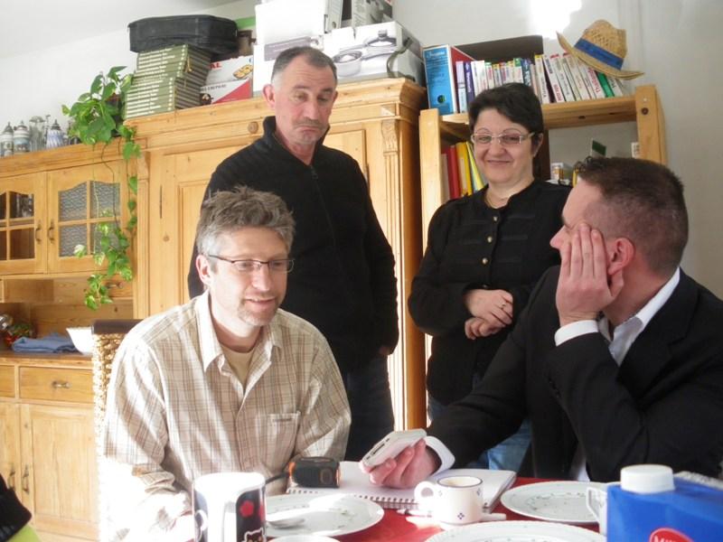 Photo réunion inprovisée chez Pierre. Imgp9331