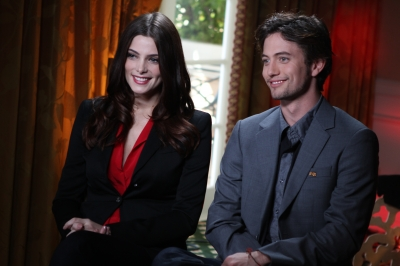 """Breaking Dawn"" Press Junket: Access Hollywood [03-11-11] 15641610"