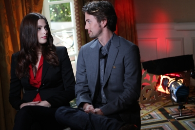 """Breaking Dawn"" Press Junket: Access Hollywood [03-11-11] 15641710"