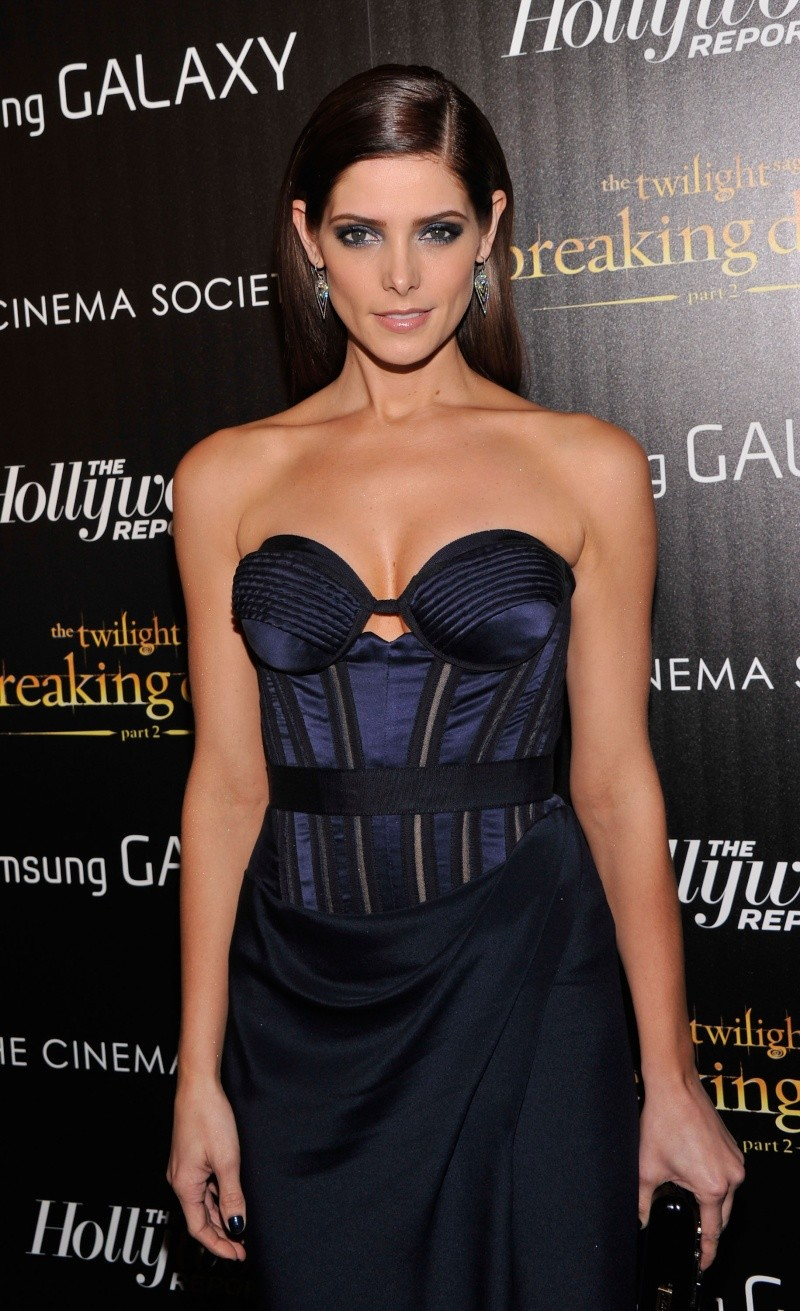 [15.11.12] Breaking Dawn Part 2 - New York Premiere _poste12