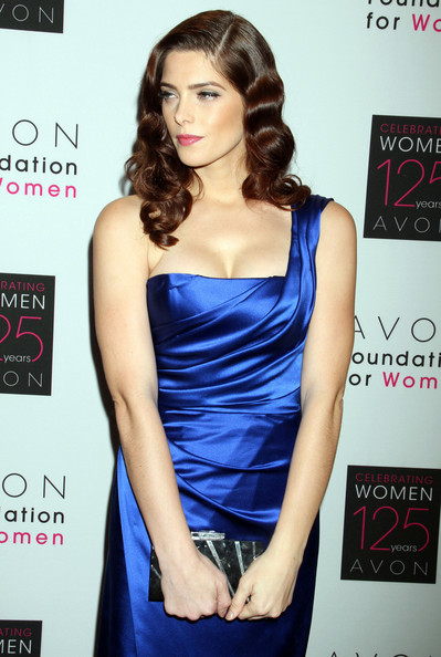 Avon Foundation Awards Gala [02-11-11] Ashle140