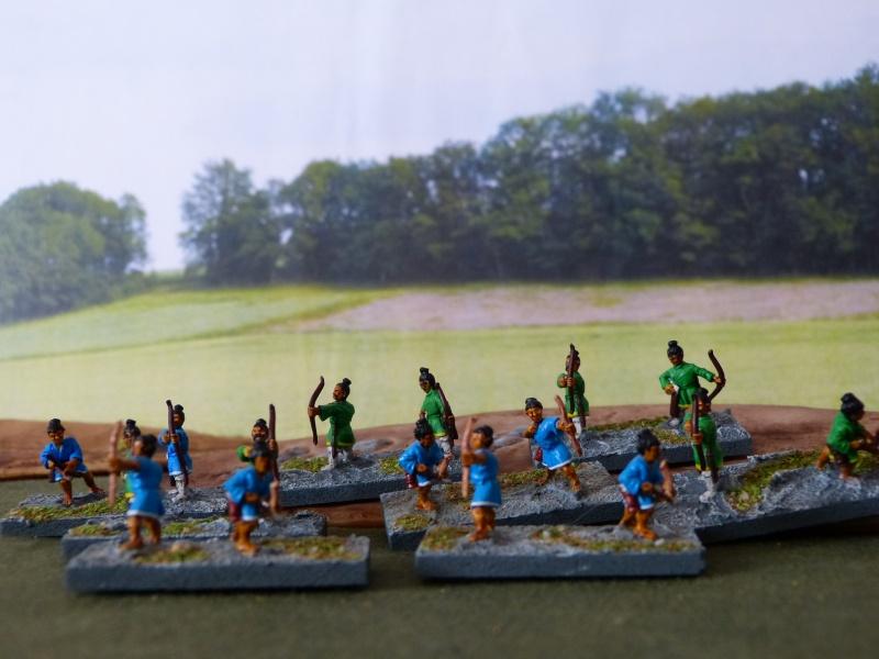 Bien sûr, qui dit jeu d'histoire dit aussi ... figurines.  P1000116