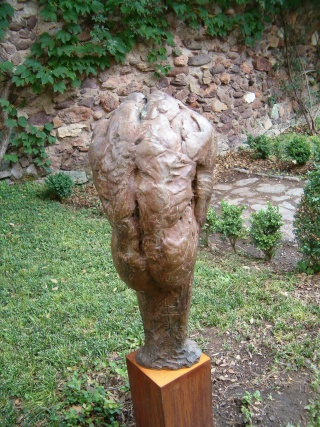 MONUMENTAL Exposition de sculpture au château de Mandelieu Hpim2231