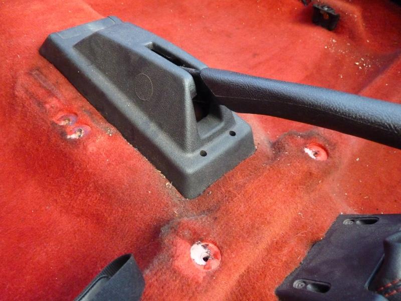 [Pipo] 205 GTI 1,6 rouge AM 91 Avancement et photos p.2 06410
