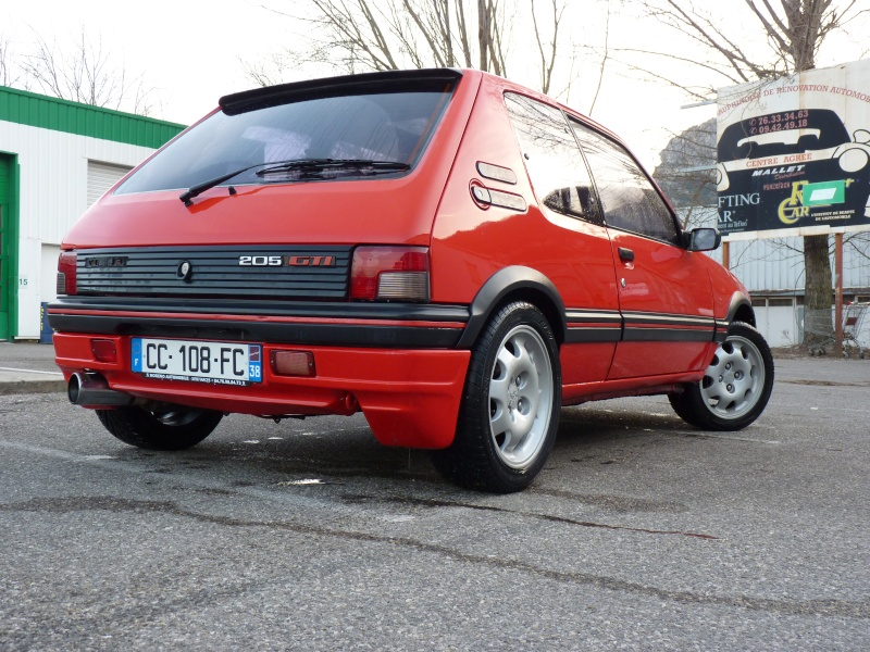 [Pipo] 205 GTI 1,6 rouge AM 91 Avancement et photos p.2 07410