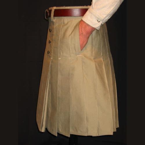 Une poche sur le kilt ... Side-s10
