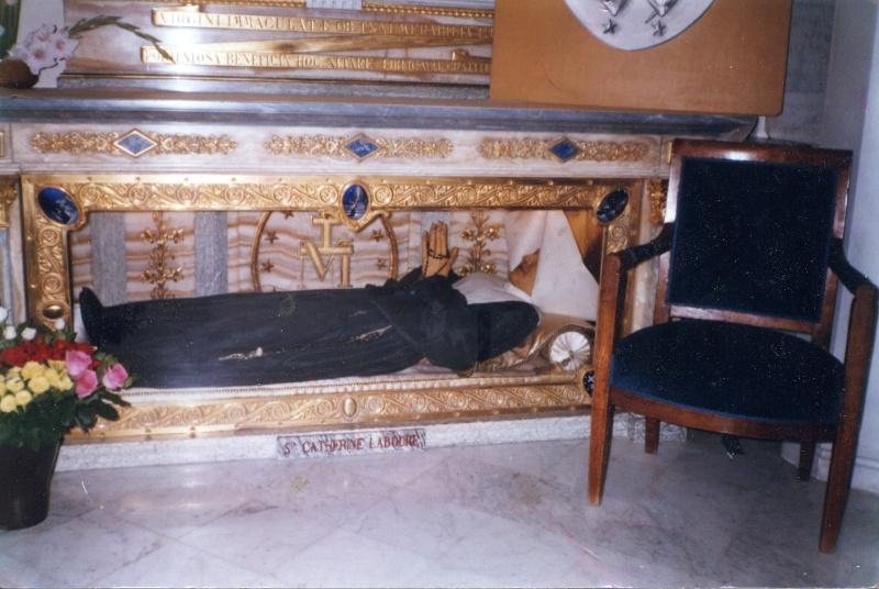 Neuvaine avec Sainte Catherine Labouré (Médaille Miraculeuse Stcath11