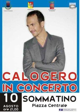 Calogero en concert à Sommatino en Sicile le 10 août 2011  - Page 2 26243510