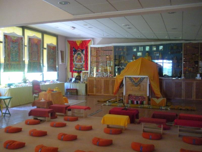 l'Institut Ganden Ling sous l'autorité spirituelle du Vénérable Dagpo Rimpotché Lainst14
