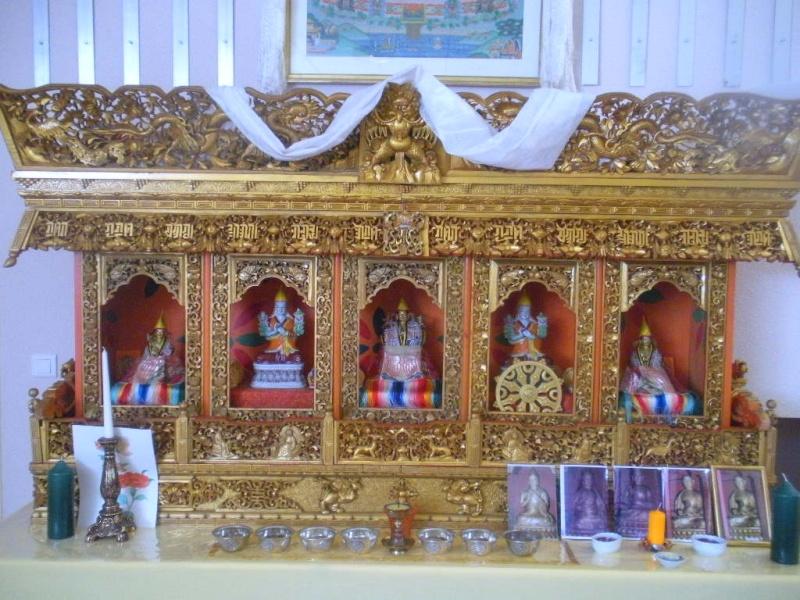 l'Institut Ganden Ling sous l'autorité spirituelle du Vénérable Dagpo Rimpotché Lainst24