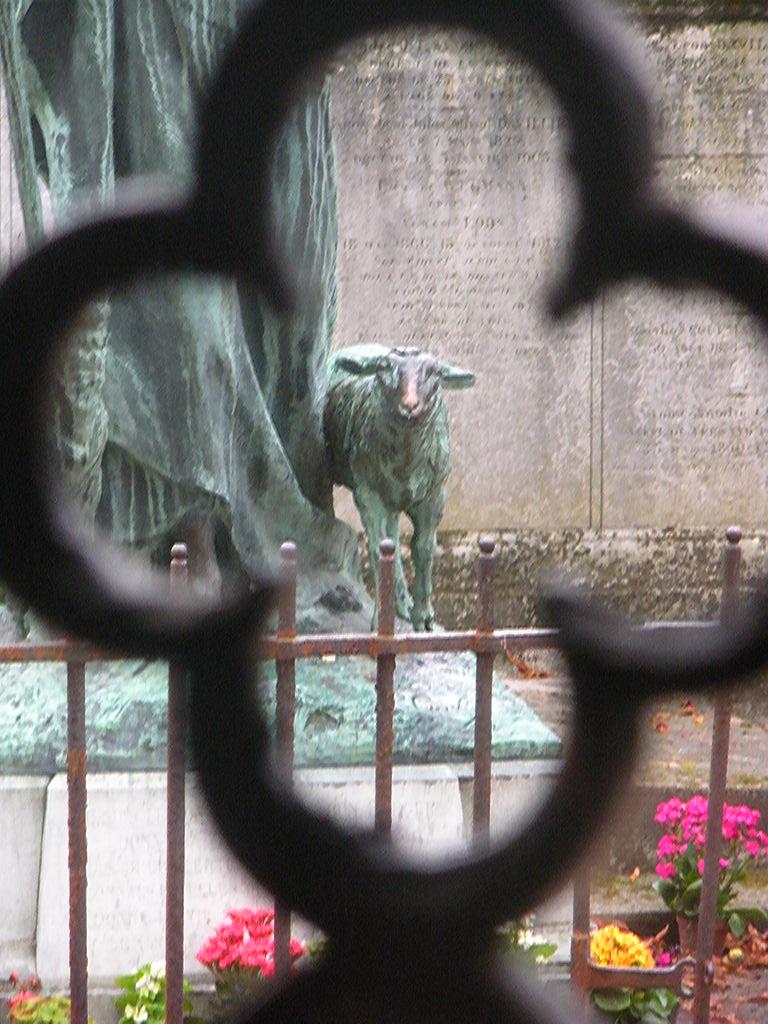 Le Bon Berger au Cimetière du Père-Lachaise Le_bon12