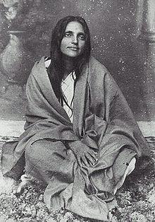 Swami Vijayananda disciple de Mâ Ananda Moyî Ma_ana11