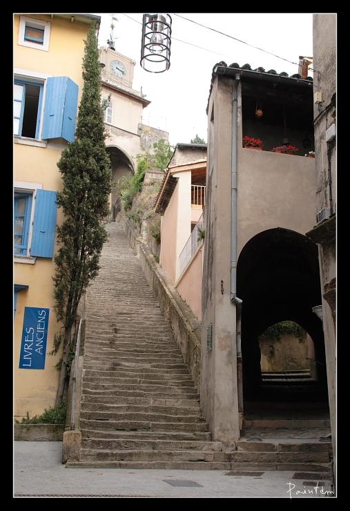 Portes fenêtres et escaliers. Pma18010