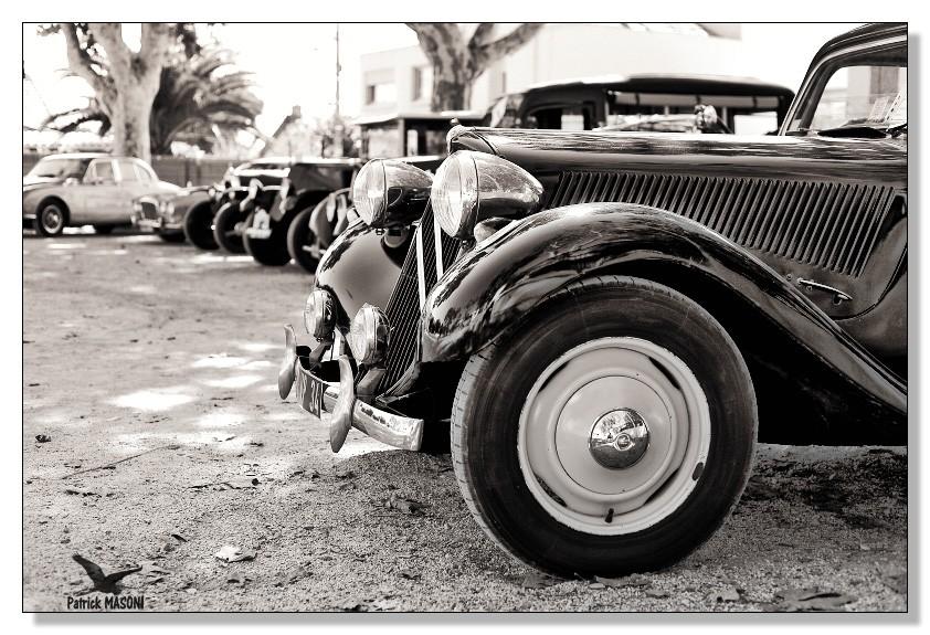 voitures anciennes à Frontignan Pma24414