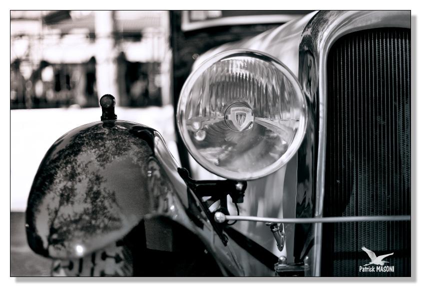 voitures anciennes à Frontignan Pma24416