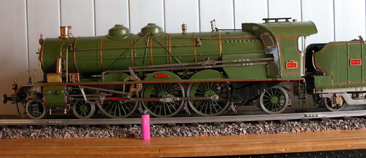 Locomotive 141 R - Page 8 Dscn1010