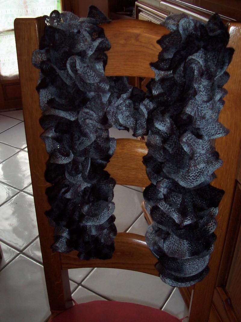 Opération une écharpe un don 2011  100_9738