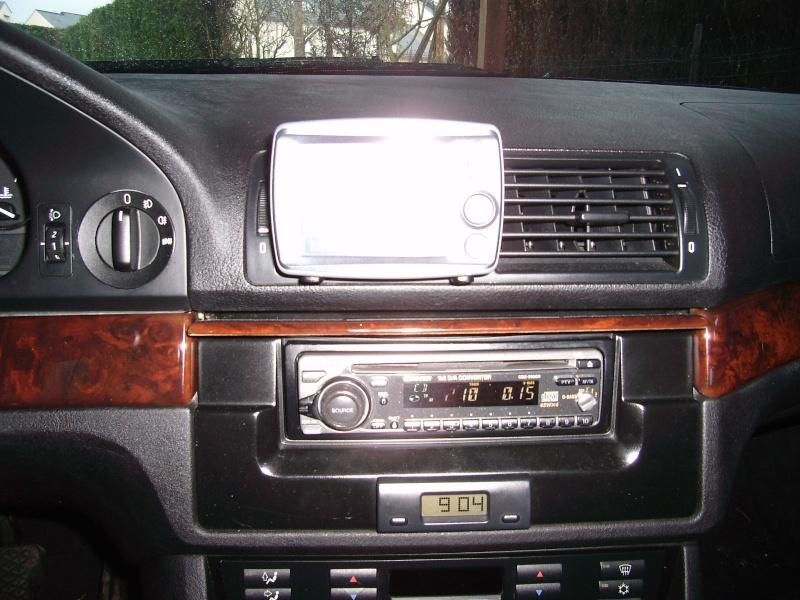 Quel poste equipe votre voiture, on vous ecoute - Page 4 Autora10