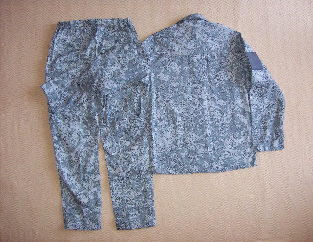 Russian camo uniforms - Page 3 100_3511